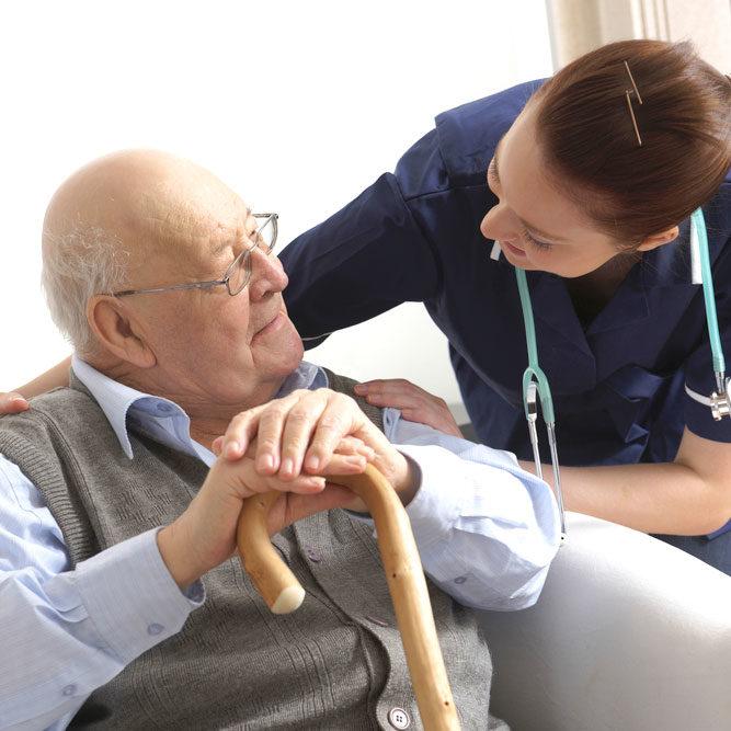 un medecin se déplace dans le Val-de-Marne, 94 pour une visite d'un médecin et soins à domicile